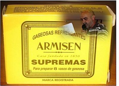 20120619190405-armisen.jpg