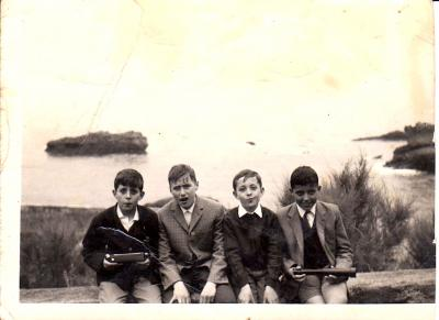 20131126192808-ano-1967.-excursion-a-biarritz-con-companeros-del-colegio-de-leon.jpg
