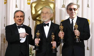 20080302204034-and-the-oscar-goes-to....jpg