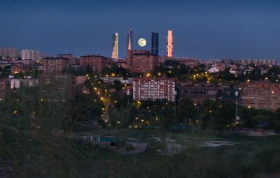 20110204163255-luna.jpg