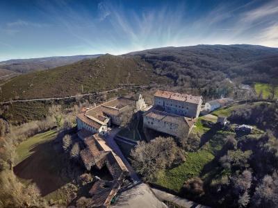 20191029164905-monasterio-montesclaros.jpg